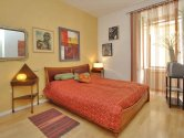 Rome holiday apartments: Holiday-apartment-Rome-Testaccio-art-