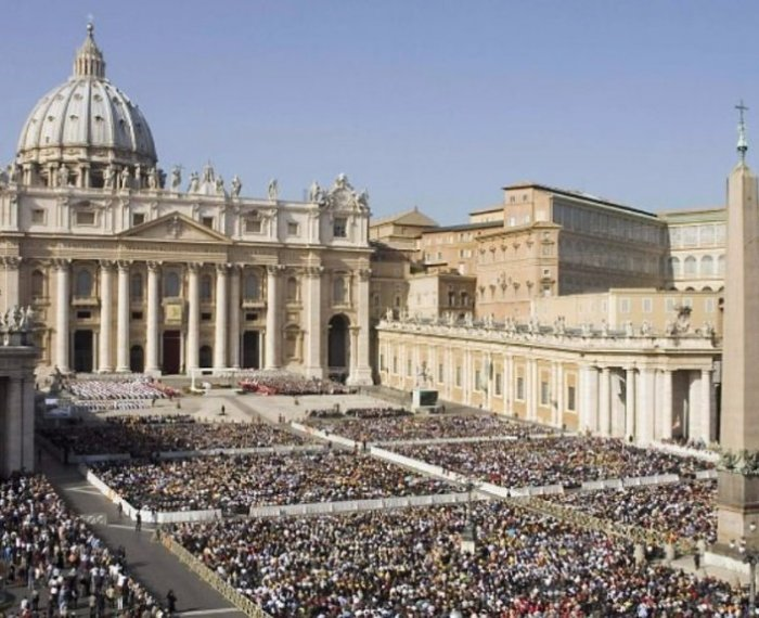pilgrimage coursework rome and the vatican city He returned to rome in 2004 and worked in and for this glorious city until  advisor specializing in cultural and religious tours of rome and the vatican,.