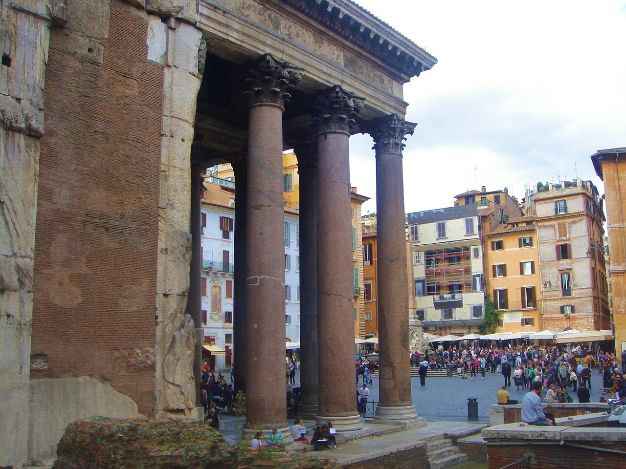 Rome Holiday-DOWNLOADABLE GUIDE TO ROME